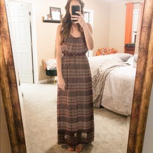 Burgundy geometric maxi w/strappy Open Back. Small